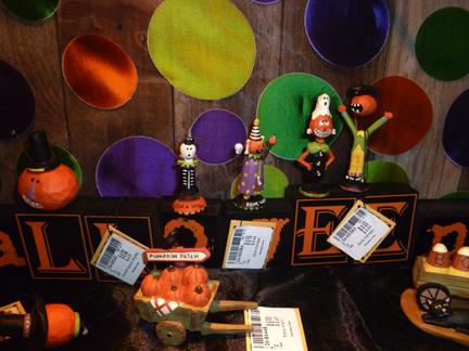 Bb halloween display