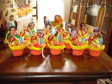 Candy_cups_with_faces