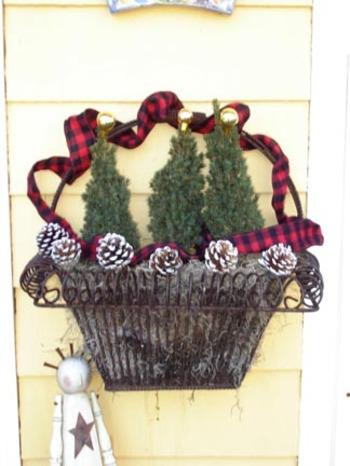Minichristmas_tree_basket