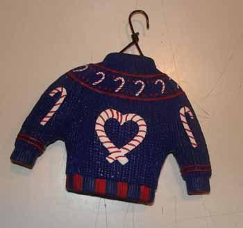 Navy_blue_sweater