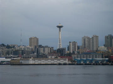 Space_needle_from_the_ferry
